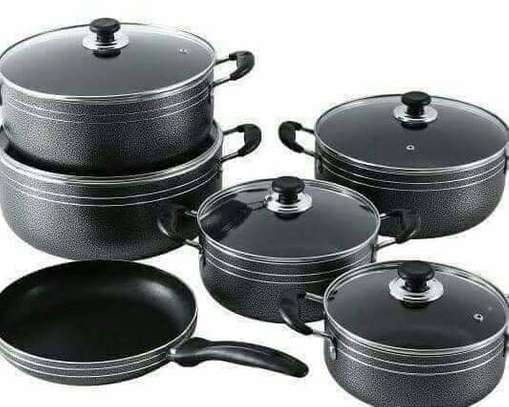 Non stick Cookware set image 1
