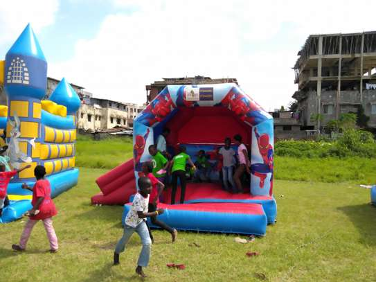 BOUNCING CASTLES FOR HIRE image 11