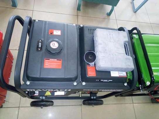 Generator machine 6.5kva image 2