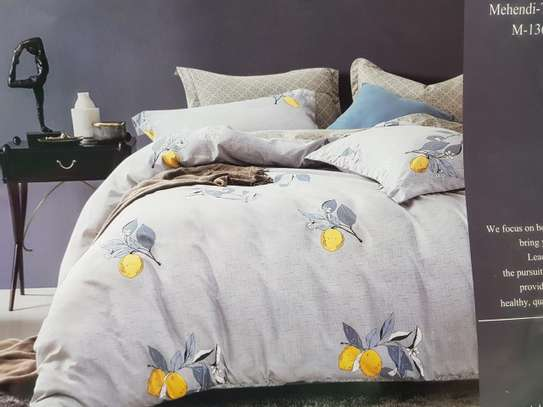 binded duvet with 1bedsheet and 2 pillow cases 6feet by 6 feet image 12