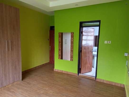 4 bedroom villa for rent in Lavington image 15