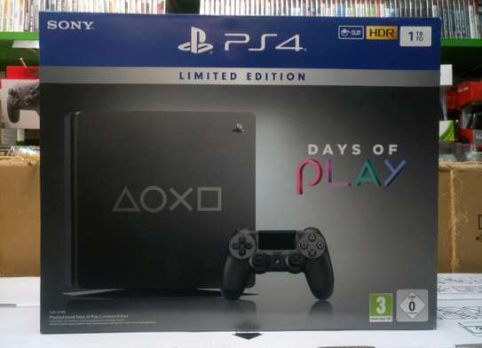 PS4 1TB DAYS OF PLAY Limited Edition