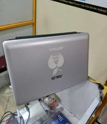 Laptop Asus Eee PC 1215N 4GB Intel Atom HDD 320GB image 2