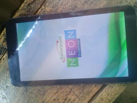 Neon smart tab 7inches image 3