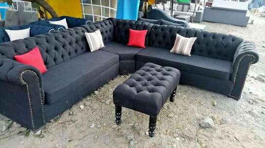 Quicy furniture image 4