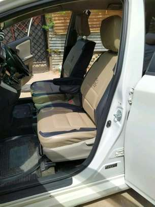 Taveta car seat covers image 3