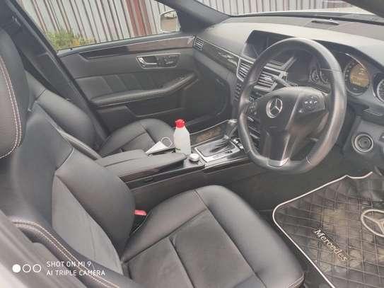Mercedes-Benz C250 image 5