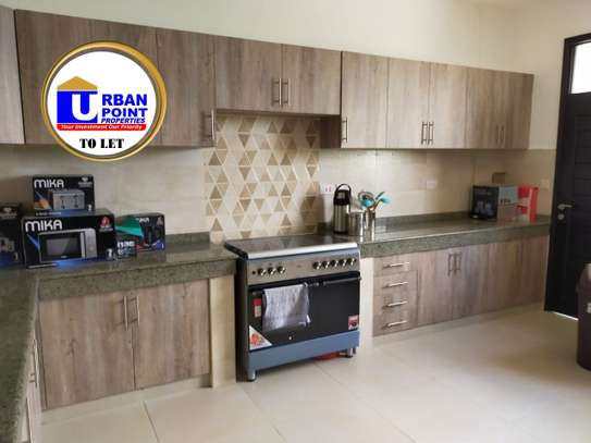 Furnished 4 bedroom apartment for rent in Nyali Area image 13