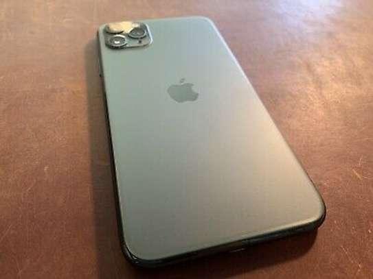 Apple iPhone 11 Pro Max 64GB - Midnight Green - Tmobile - 100% batt health image 2