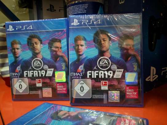 Ps4 FIFA 19  updated version game discs