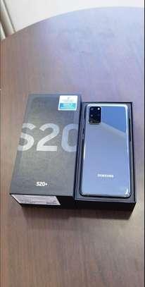 Samsung S20 image 3