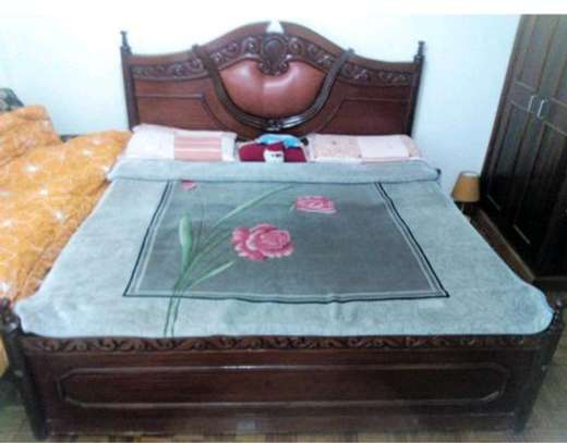 Mahogany Master bed 6×6 Feet image 1