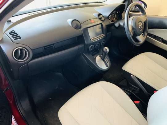 Mazda Demio 1.3 image 5
