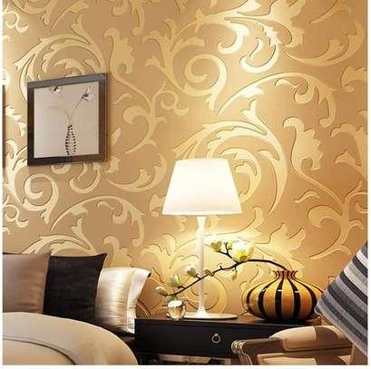 Goldish wallpapers image 1