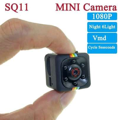 SQ11 mini 1080p nanny camera image 3