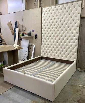 White chesterfield beds for sale in Nairobi Kenya/6*6 kingsize beds for sale in Nairobi Kenya/Headboards for sale in Nairobi Kenya image 1