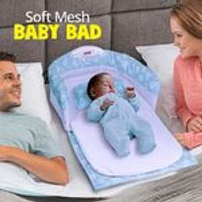 Ibaby Portable Can Go Out To Carry A Crib In The Bed Multi-Function Foldable Baby Newborn Baby BB Bed with Lights and Music image 3