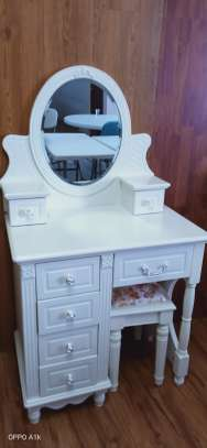 Pure white classic dressing table image 1