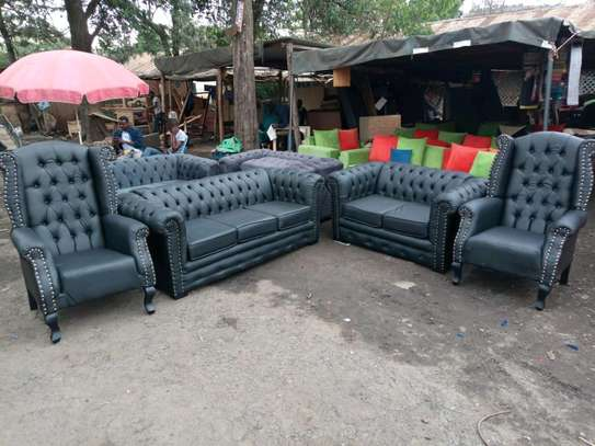 7seater Chesterfield set image 1