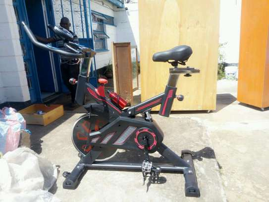 S100 spin bike image 3