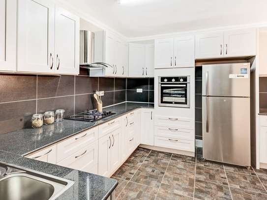 3 bedroom apartment for sale in Mombasa Road image 5
