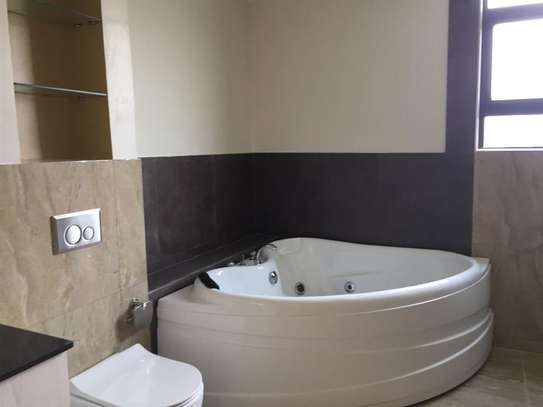 3 bedroom apartment for rent in Riverside image 16