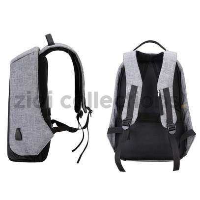 Bobby Design Anti-theft High Quality Laptop Backpack – USB Charging image 2