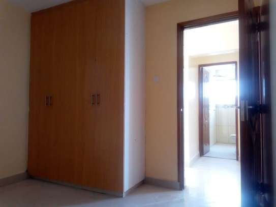 3 bedroom apartment for rent in Syokimau image 5