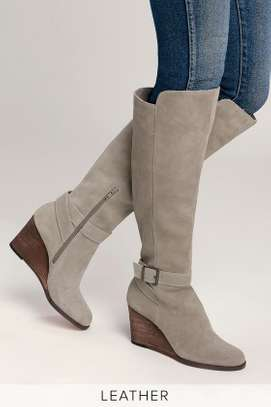 Diana Ferrari. Grey suede/leather knee-high wedge boot: size 10.5 image 4