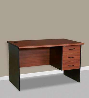 Executive quality office desk/ tables image 4