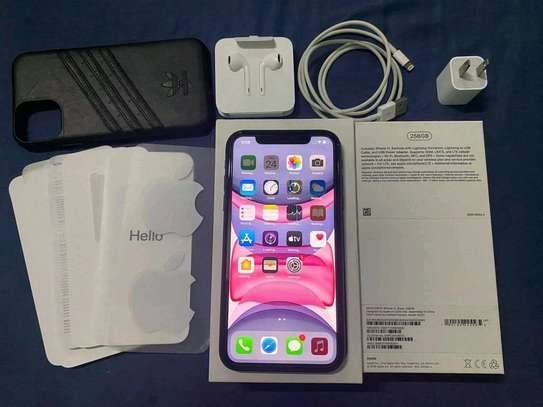 Apple Iphone 11 [ 256 Gigabytes ] With Charging Pad image 2