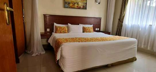One bed serviced and furnished apartment in westlands Lantana image 4
