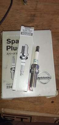 Nissan Genuine Spark Plug 4pieces image 1