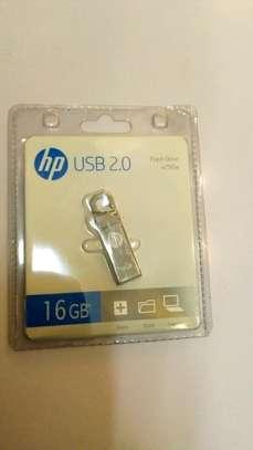 HP Flash Disk 16GB image 1