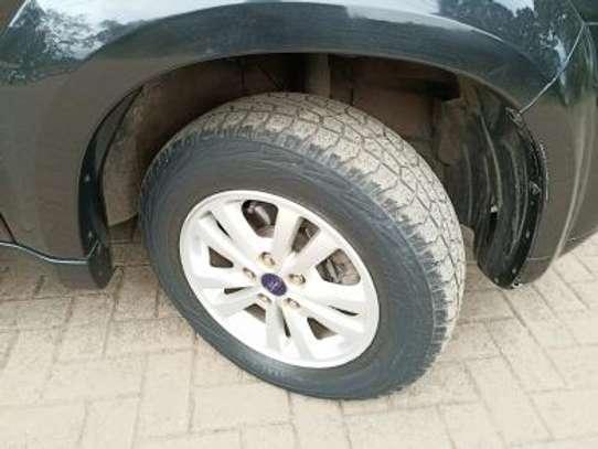 2010 Ford ESCAPE Auto 4WD 2300cc Leather Sunroof MINT image 7