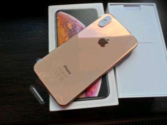 Apple Iphone Xs Gold [ 512 Gigabytes ] image 1