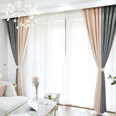 CURTAINS/BLINDS image 3