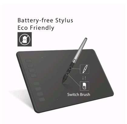 HUION H950P Graphics Pen Tablet with Battery-Free Pen & Tilt image 4