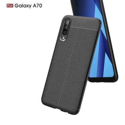 Auto Focus Case For Samsung Galaxy A70 - Black image 2