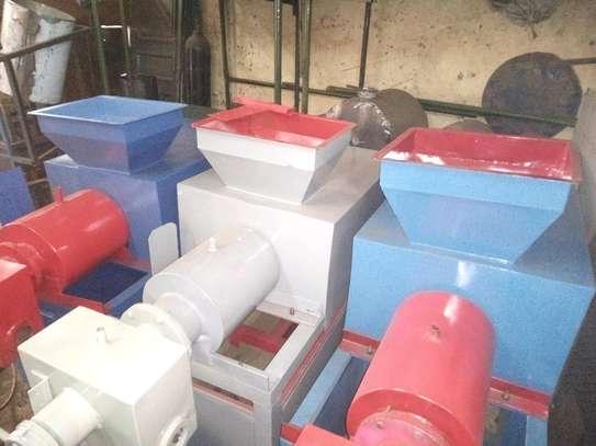 OFFER- BRAND NEW BAR SOAP MAKING MACHINE (SSP2-X2) image 3