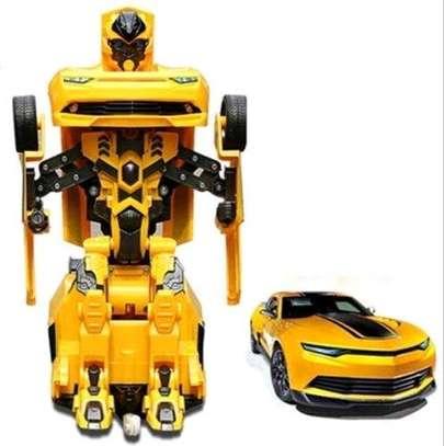 Bumblebee transforming robot toy car image 1
