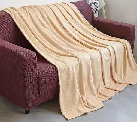 fleece blankets cream white image 1