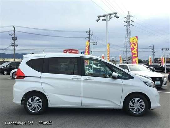 Honda Freed image 8