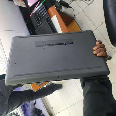 Hp notebook 15. core i3. 8th generation image 4