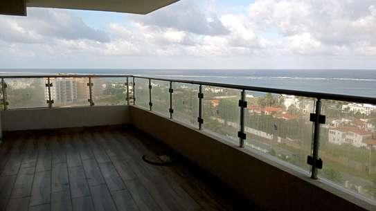 Luxurious sea view apartments to rent at nyali Mombasa Kenya image 4