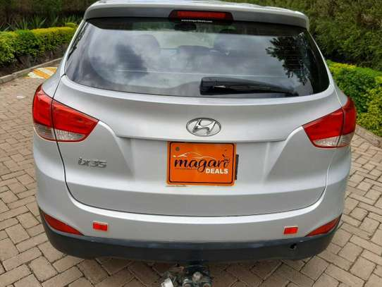 Hyundai Tucson image 6