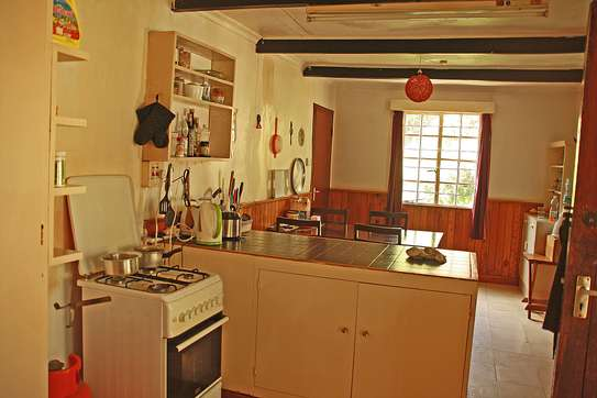 ROOM IN HOUSESHARE IN TIGONI image 5
