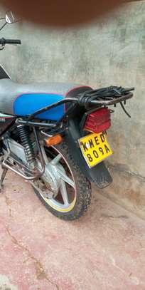 Honda CB 125 image 2