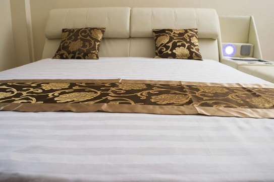 Palais Leather King Size Bed image 2