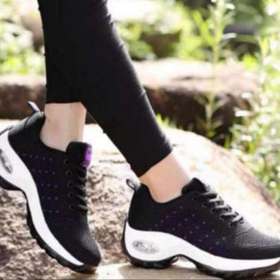 Ladies Breathable Sneakers image 2